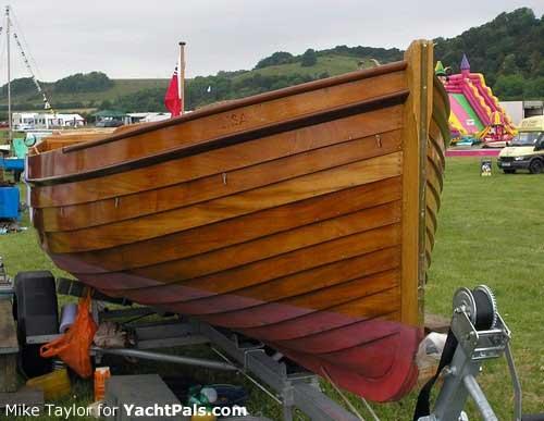 Restoring a authoritative boat to its original diy classic wooden boat ...
